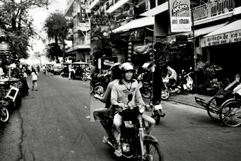 Snapshots of Cambodia(photo) by Daniel Zvereff