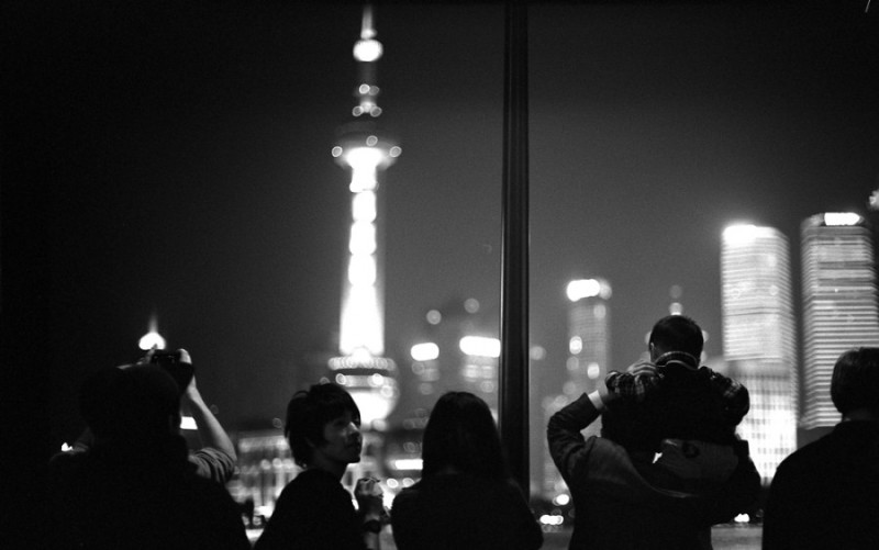 Shanghai, moments of a summer night.(photo) by Daniel Zvereff