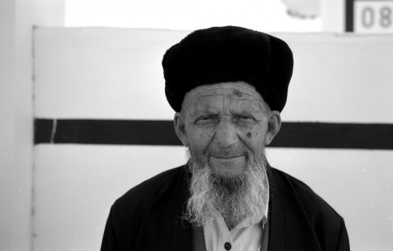 AIMLESS IN UZBEKISTAN(photo) by Daniel Zvereff